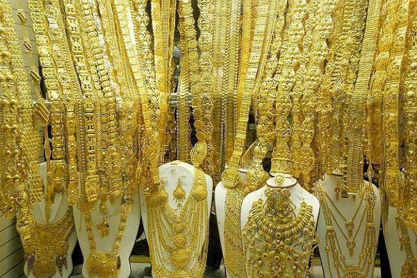 Ювелирные украшения и бижутерия фото