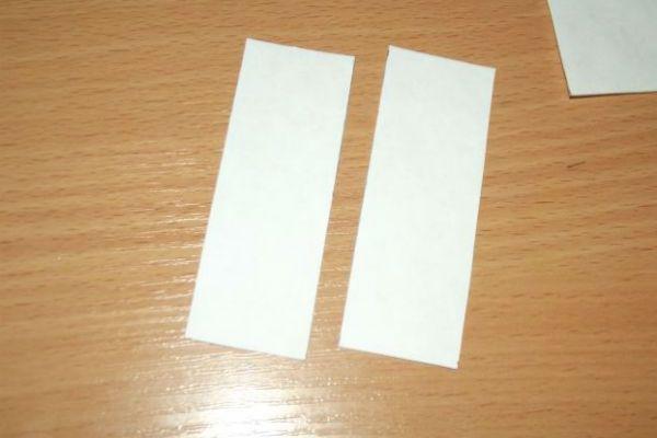 Полоски из белой бумаги фото