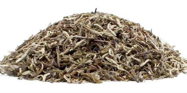 Лин Юнь (Белый пух) белый чай фото