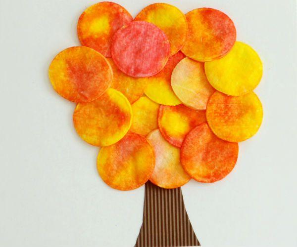 Осенние деревья из ватных дисков фото