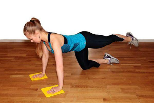 Отжимания с поднятой ногой упражнение 2 фото