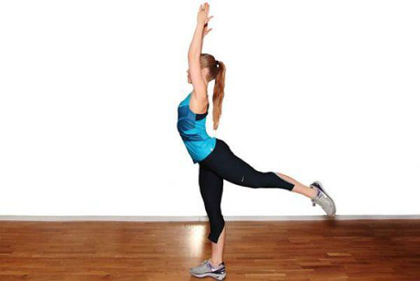 Разгибание корпуса с выпрыгиванием в планку упражнение 2 фото