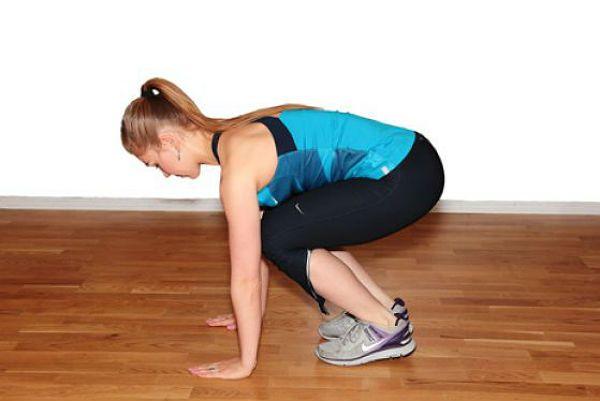 Разгибание корпуса с выпрыгиванием в планку упражнение 3 фото