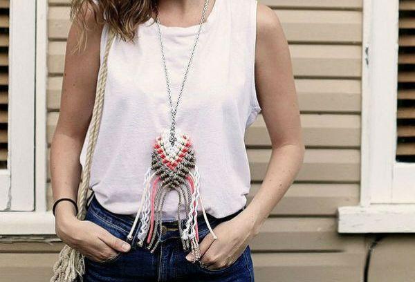 Плетеный кулон на цепочке фото