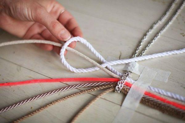 Плетение кулона шаг 3 фото