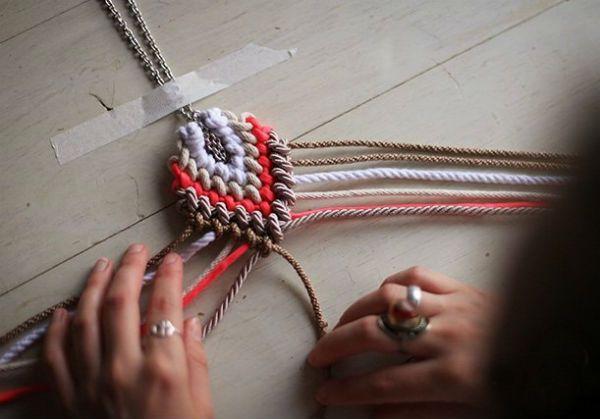 Плетение кулона шаг 8 фото