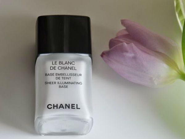 Chanel Le Blanc de Chanel Sheer Illuminating Base фото