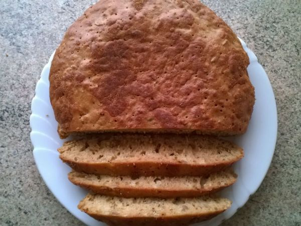 Бездрожжевой хлеб на закваске в мультиварке фото