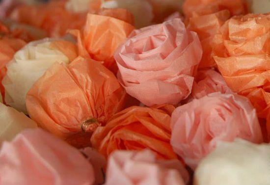 Помпон из бумажных роз шаг 4 фото