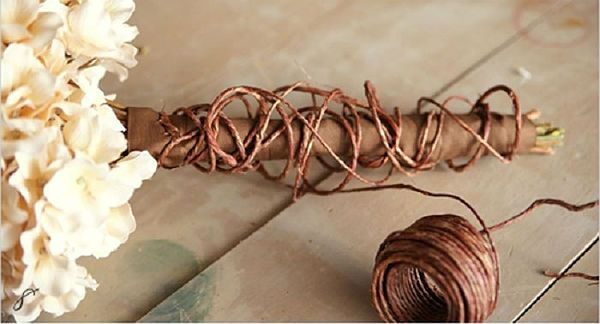 Свадебный букет из хризантем шаг 7 фото