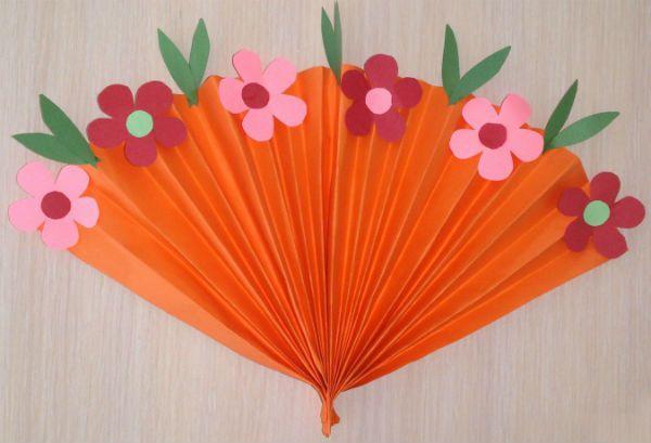 Веер из цветной бумаги детский шаг 5 фото