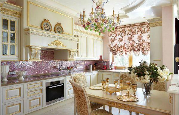 Оформление окна на кухне в классическом стиле вариант 9 фото