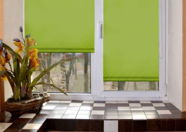 Оформление окна на кухне в стиле минимализм вариант 2 фото