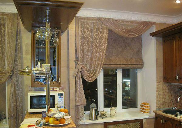 Оформление окна на кухне в восточном стиле вариант 6 фото