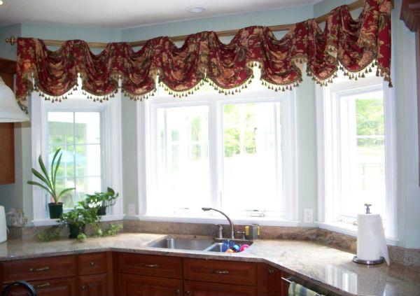 Оформление окна на кухне в восточном стиле вариант 7 фото