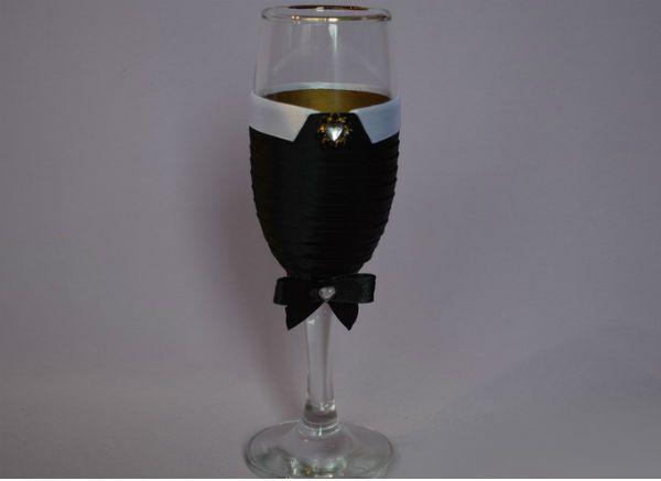 Декор свадебных бокалов тканью шаг 7 фото