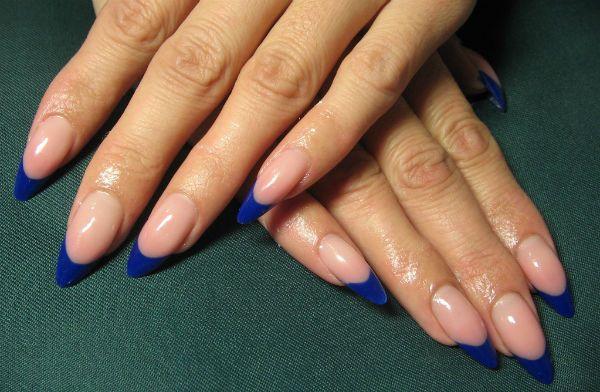 френч на ногтях миндалевидной формы фото