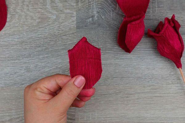 Объемные розы с сюрпризом шаг 23 фото