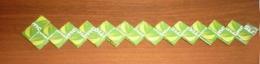 Сумочка из фантиков от конфет шаг 23 фото