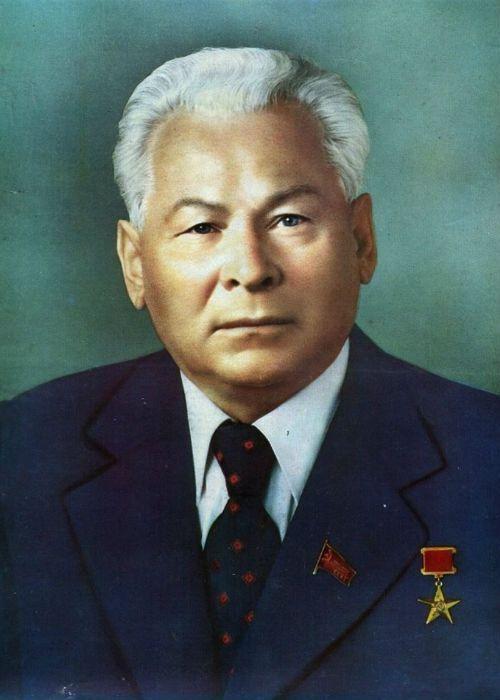 Константин Черненко фото