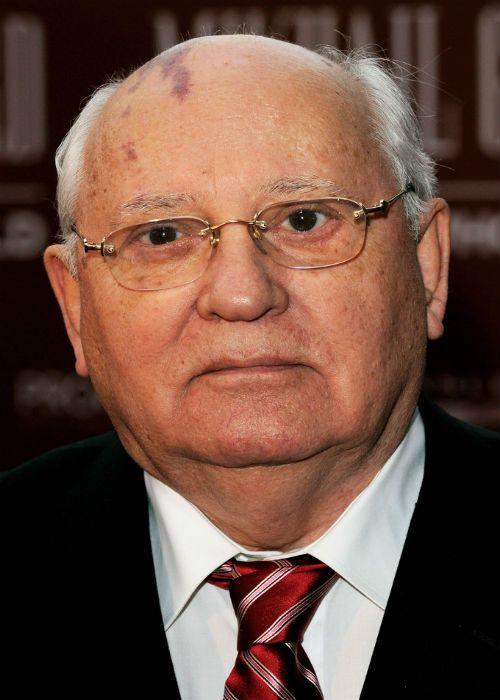 Михаил Горбачев фото