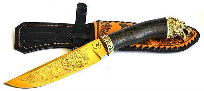 Охотничий нож с покрытием фото