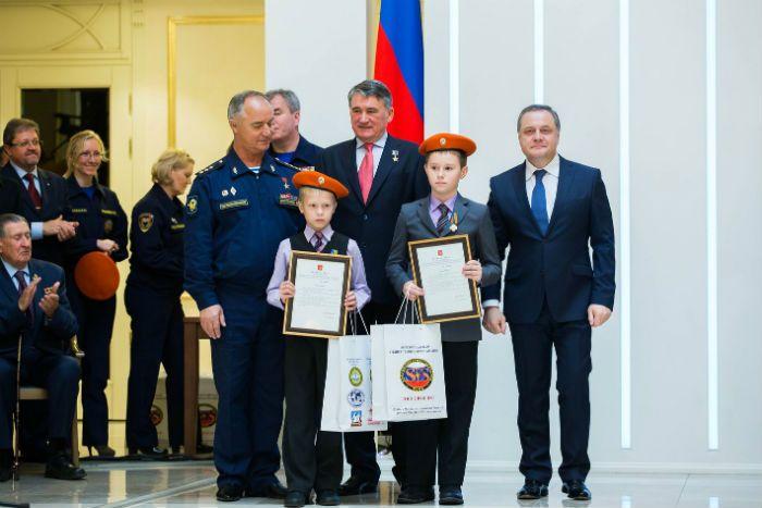 Конов Максим и Георгий Сучков