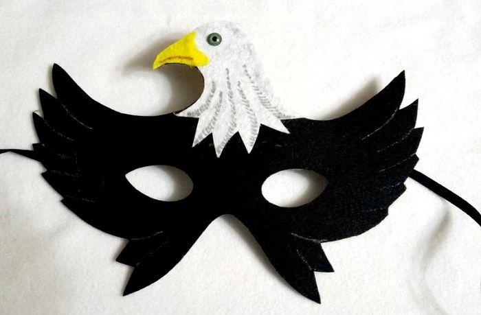 Маска орла из фетра