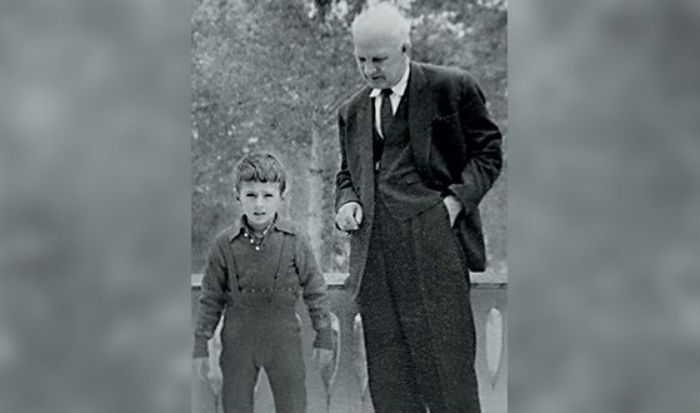 Александр Мясников с дедушкой фото