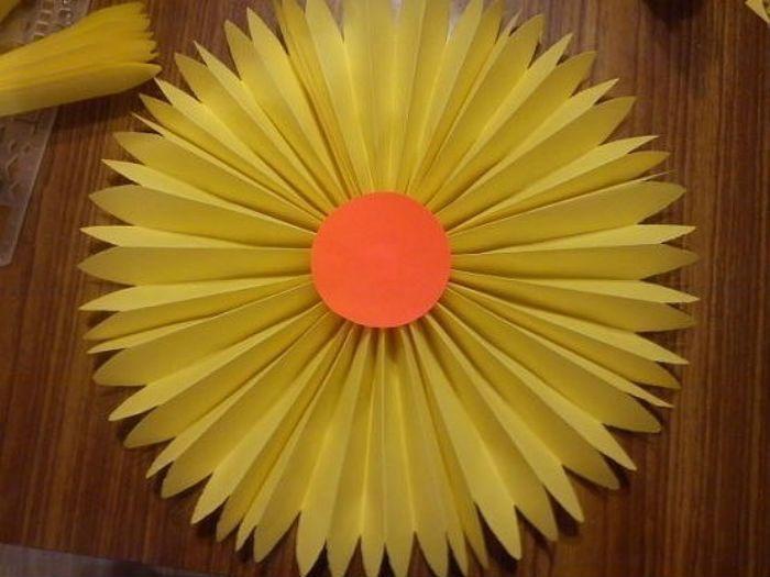 Цветы гармошкой поделка фото