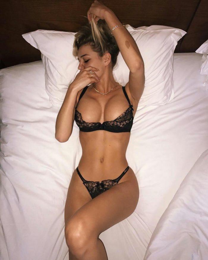 Катя Кищук фото в постели