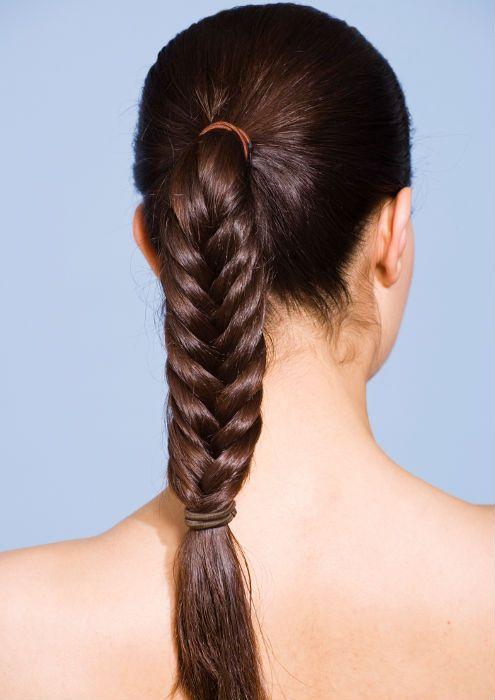 Девушка с косой рыбий хвост фото