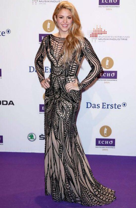 Колумбийская певица Шакира тип фигуры песочные часы-груша фото