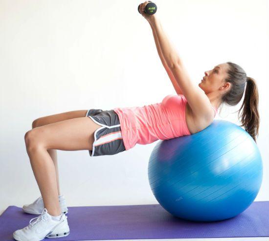 упражнение рубка дров на фитболе фото