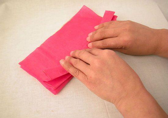 Гвоздика из бумаги вариант 1 шаг 2