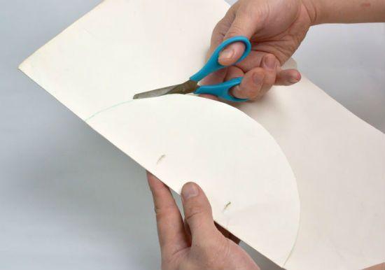 Помпон из бумаги способ 3 шаг 1