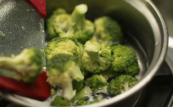Приготовление брокколи шаг 2
