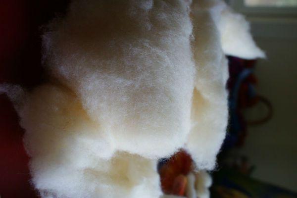 Белая шерсть для основы  фото