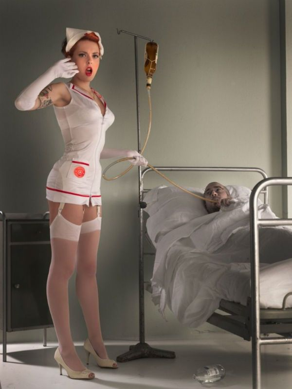 Пин-ап медсестра фото