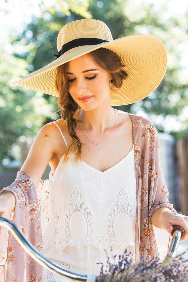 Соломенная шляпа фото