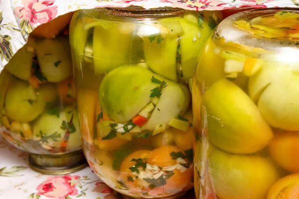 «Чесночные» зеленые томаты фото