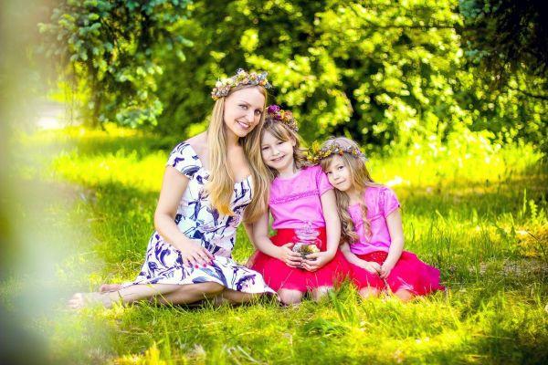 Мама и дочки фото