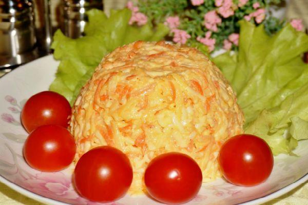 Салат с яблоками фото