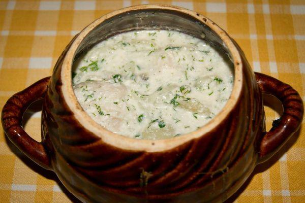 Куриные желудки в молочном соусе с шампиньонами фото