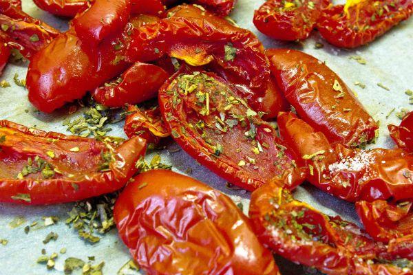 Вяленые помидоры (в духовке) фото
