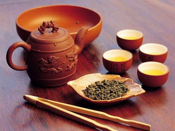 Чай и набор для чайной церемонии фото
