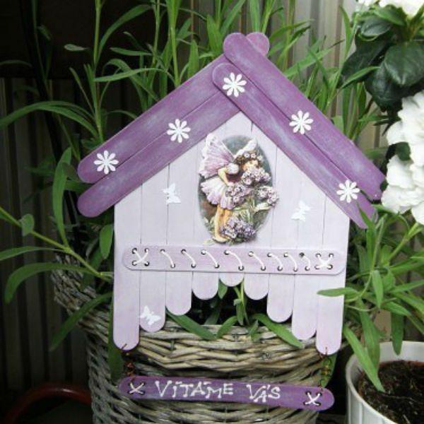 Декоративная табличка из палочек от мороженого 2 фото