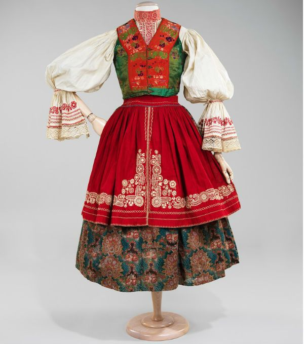 Национальная одежда женская фото