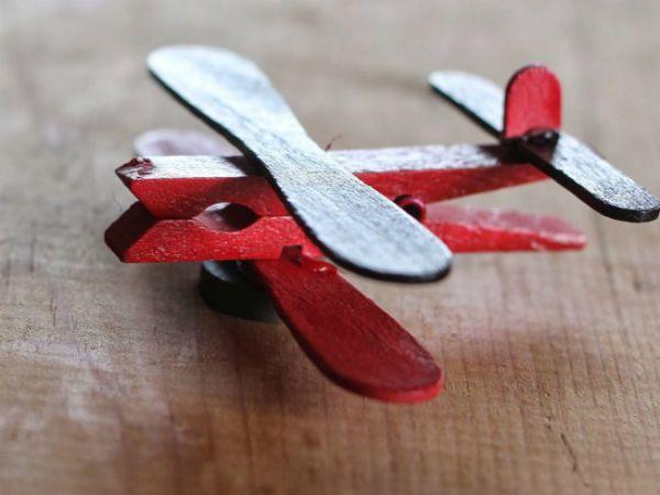 Самолет из палочек от мороженого 2 фото