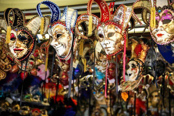 Карнавальные маски фото